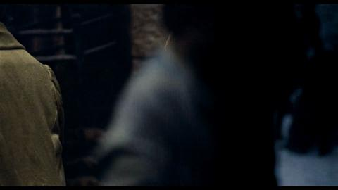 230_LesMis_Trailer2_UP1100442